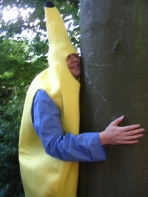 banana loves tree